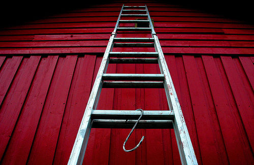 ladder-painting-farmhouse