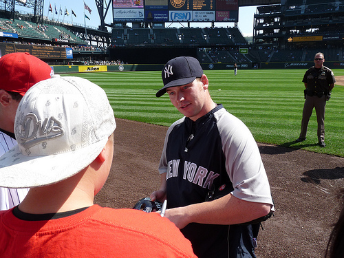 phil-coke-yankees-autograph